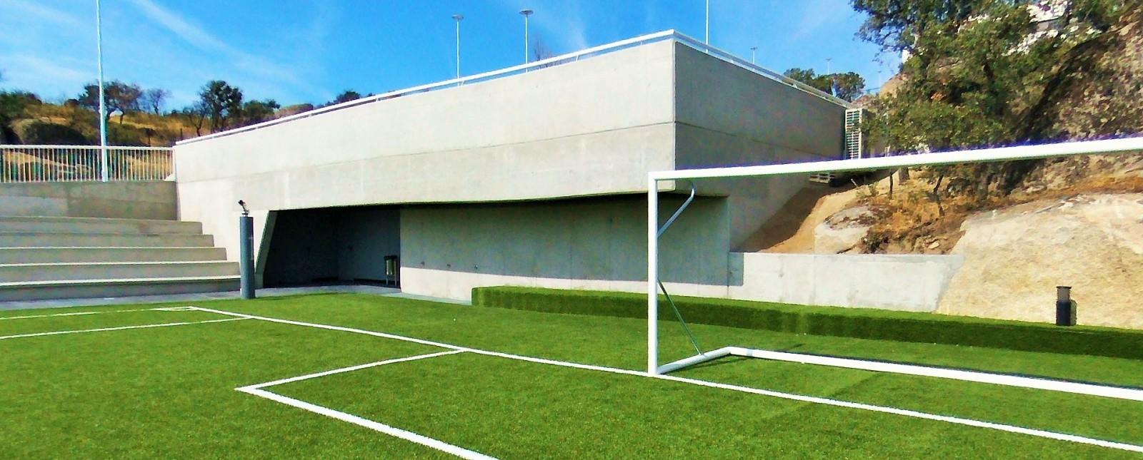 Vestuarios gradas campo futbol 00