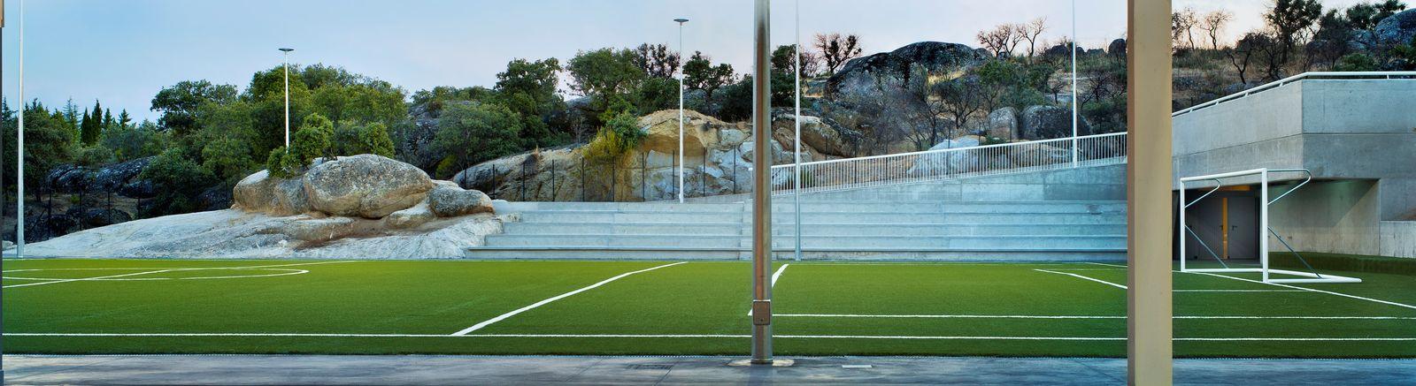 Vestuarios gradas campo futbol 07